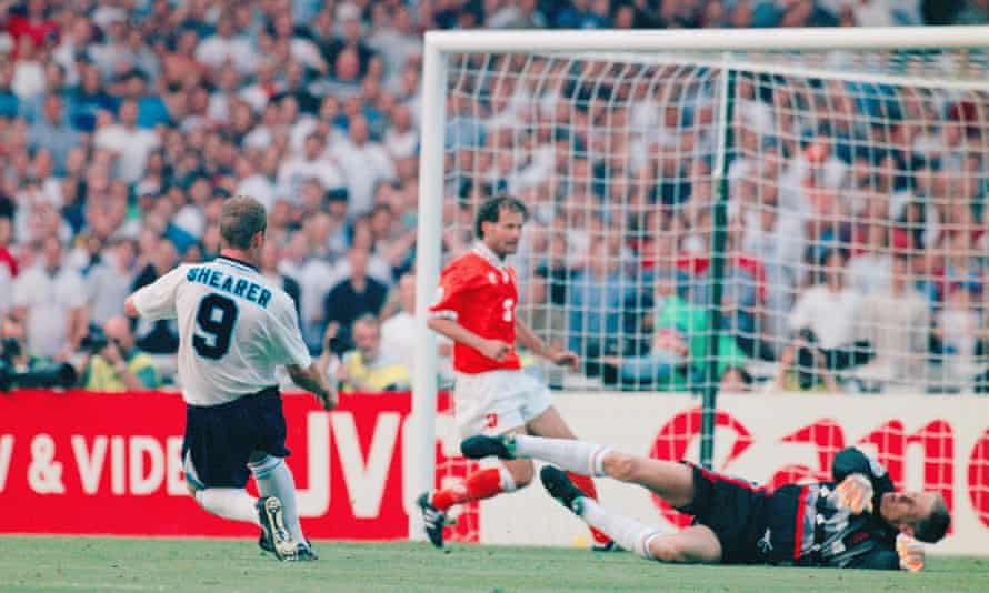 Alan Shearer bangs in England's third goal against the Netherlands at Euor 96 thanks to a smart assist from Teddy Sheringham.