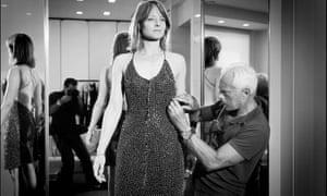 Giorgio Armani dressing Jodie Foster in 2003.