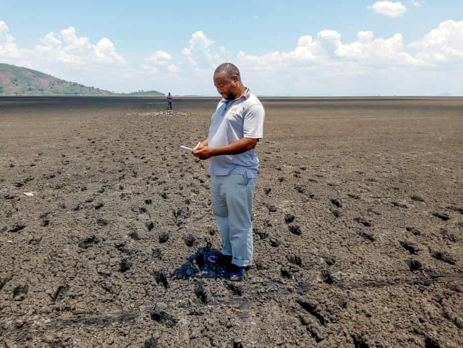 Prof Chiotha takes samples from the lake bed in Chisi Island, Lake Chilwa, October 2020