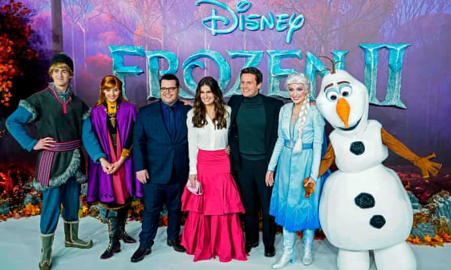 The cast of Frozen II at the film'sEuropean premiere in London, November 2019.