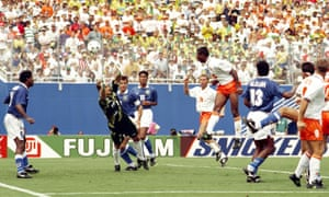 Aron Winter heads home the Netherlands' equaliser.