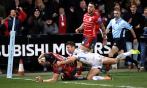 Ben Morgan crosses for Gloucester's third try against Exeter.