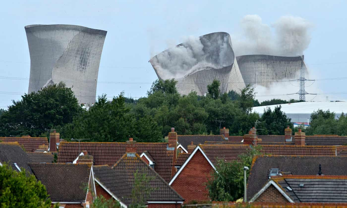 Didcot power station: homes without electricity after towers demolished