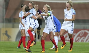 England's Jordan Nobbs, Demi Stokes, captain Steph Houghton and Millie Bright celebrate their victory against France at Euro 2017