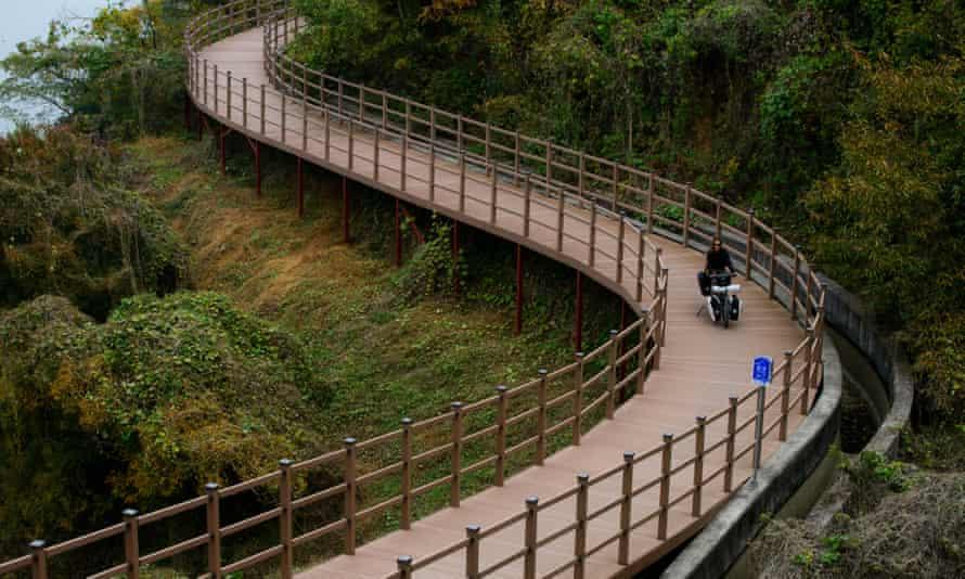 Cycling along South Korea's bike trail