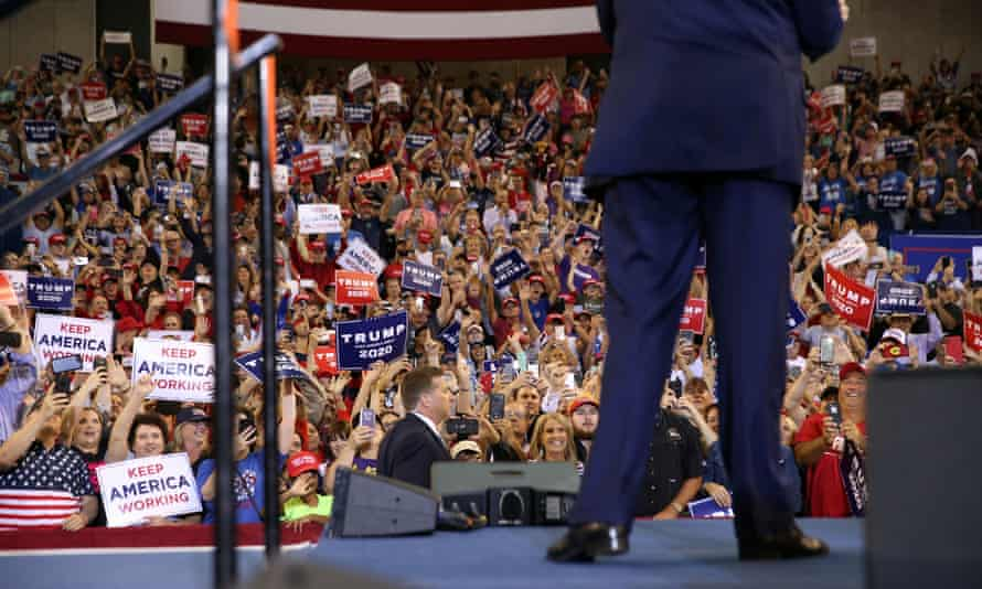 Supporters cheer on Donald Trump at a campaign rally in Louisiana.