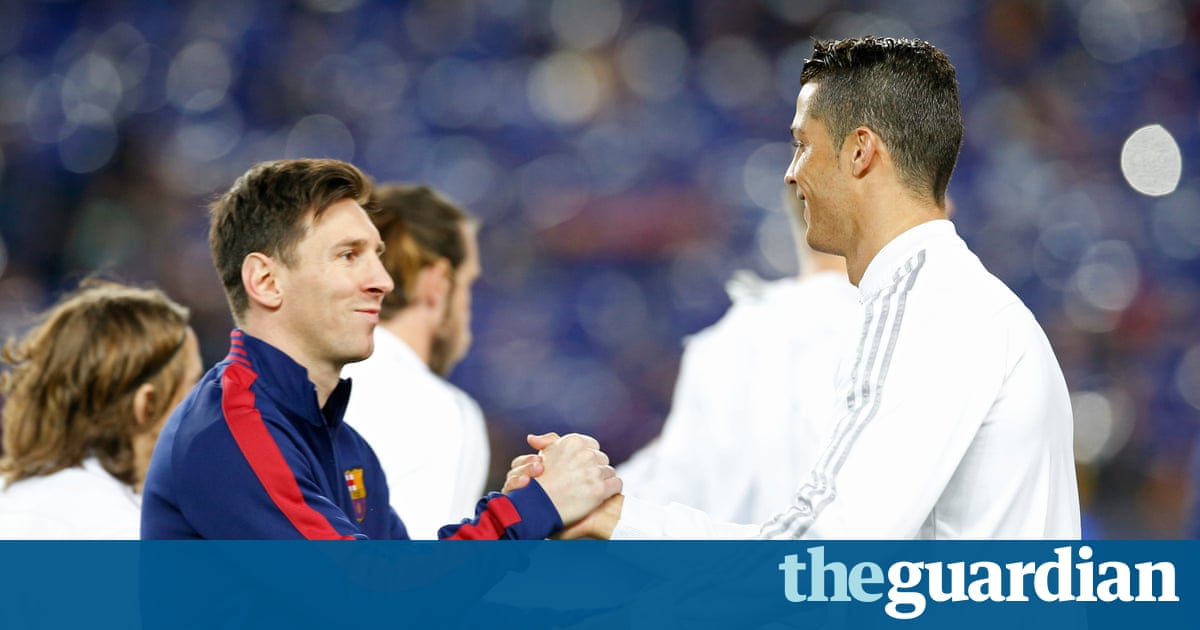cristiano ronaldo and lionel messi will again be duelling for the title of worlds best footballer after their names once again headed the shortlist on - French Ngel Muster