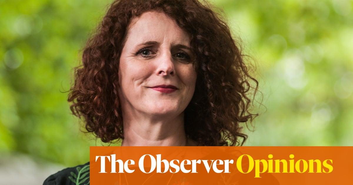 What do writers gain – and lose – when they eschew social media? | Stephanie Merritt