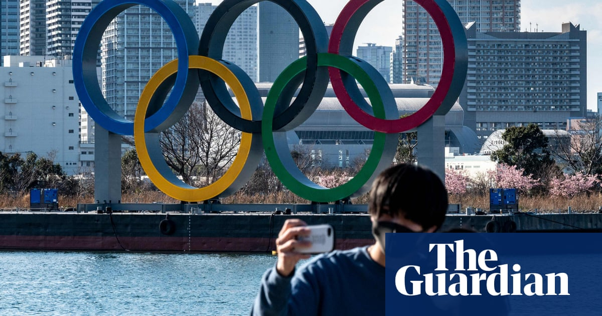 No cheering: Tokyo Olympics fans asked to stick to clapping during torch relay