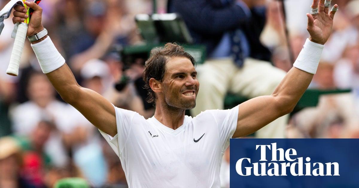 Rafael Nadal crushes J...