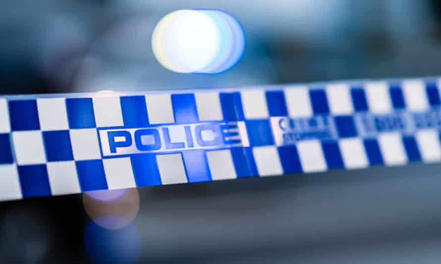 Police have responded to reports of a hostage situation in the Melbourne suburb of Ripponlea