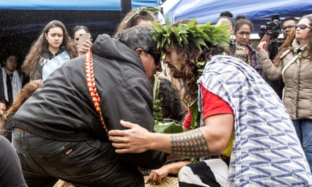 The actor Jason Momoa exchanges a traditional greeting with an elder while visiting protesters last month.