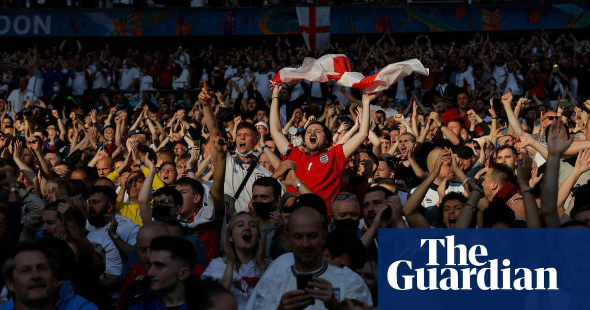 Fans on buses and viral videos: would winning Euro 2020 change England?