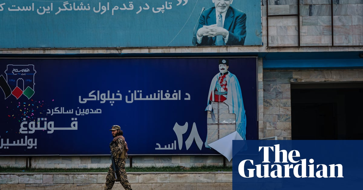 Ex-BBC journalists in Kabul say corporation ignored pleas for help