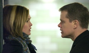 Julia Stiles and Matt Damon in Jason Bourne