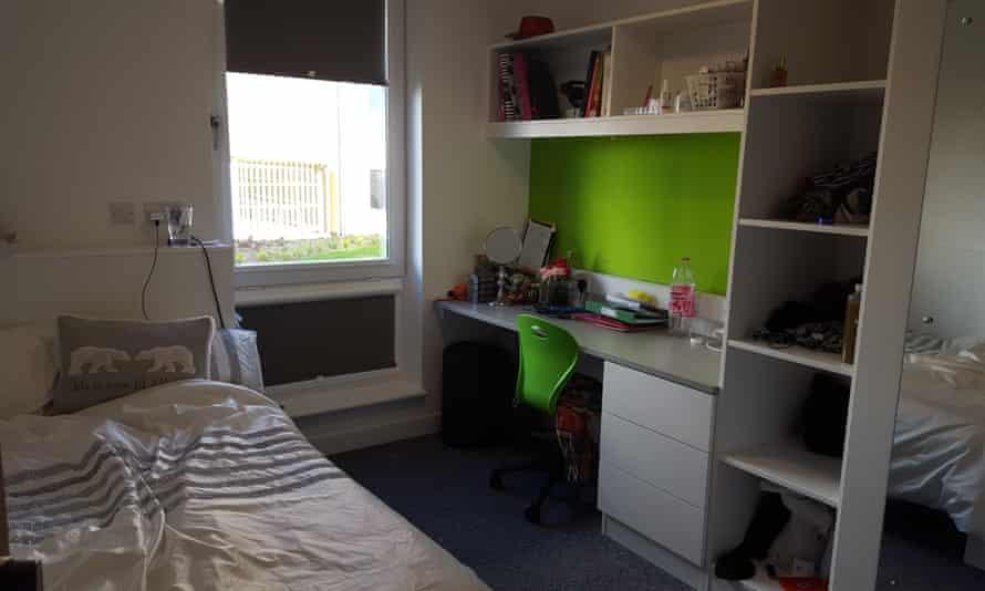 kathleen hill's bedroom