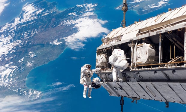 theguardian.com - The International Space Station turns 20 - in pictures