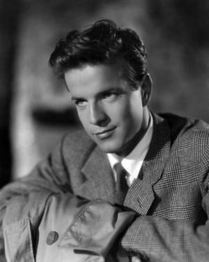Franco Zeffirelli as an actor, in Luigi Zampa's film L'Onorevole Angelina, 1947.