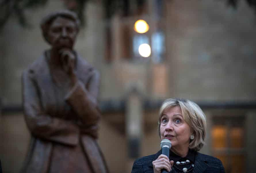 Hillary Clinton unveils a new statue of Eleanor Roosevelt in Oxford, on 8 October 2018, the 70th anniversary of the Universal Declaration of Human Rights.