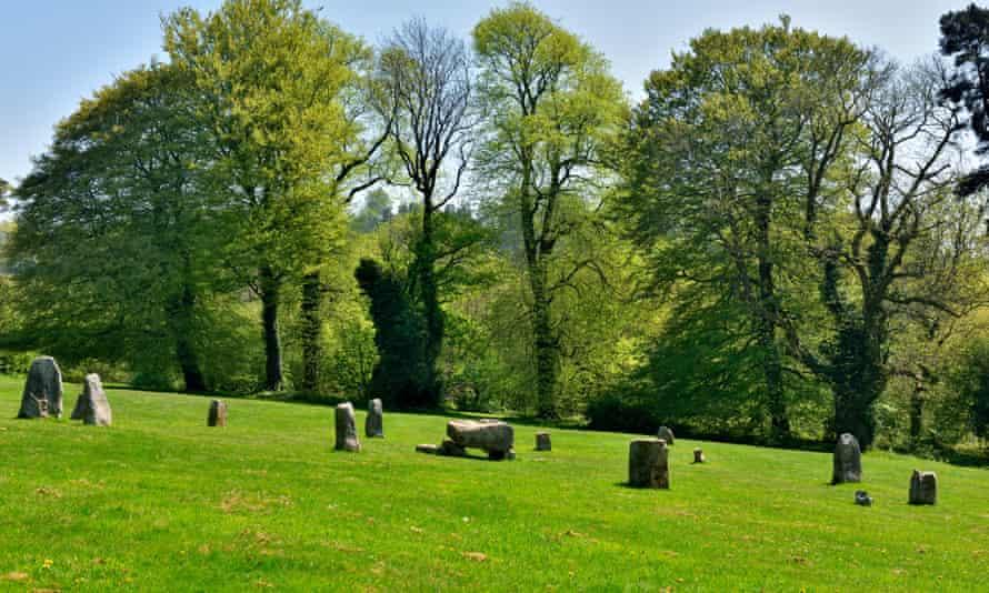 دایره سنگی Gorsedd در سال 1923 برای Eisteddfod ملی ، پارک Pontypool ، Torfaen ، جنوب شرقی ولز ، انگلستان برپا شد