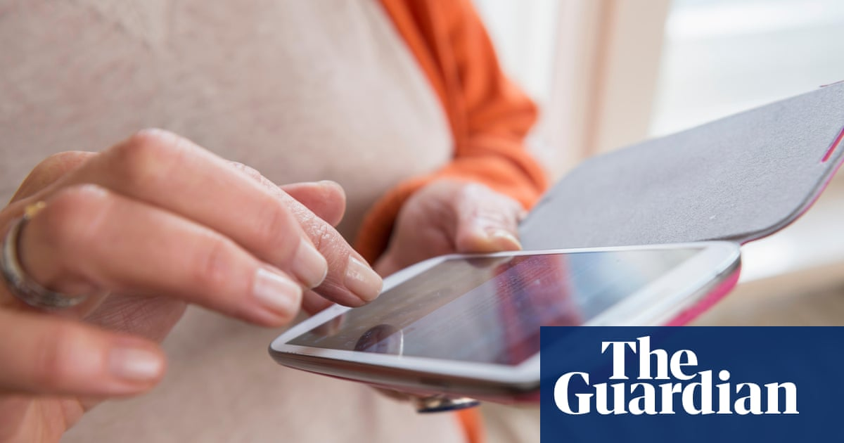 45 million people in UK received scam texts or calls in last three months