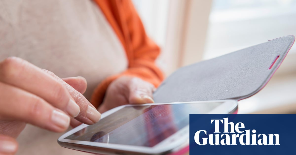 Fake delivery scam texts soar in pandemic with 60% of Britons targeted