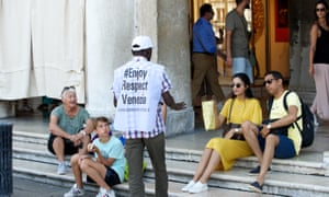 , Don't look now … it's the sandwich police, saving Venice from its tourists, WorldNews   Travel Wire News