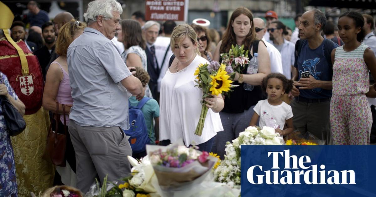 London Bridge attacker 'was in handcuffs when police fired shots'