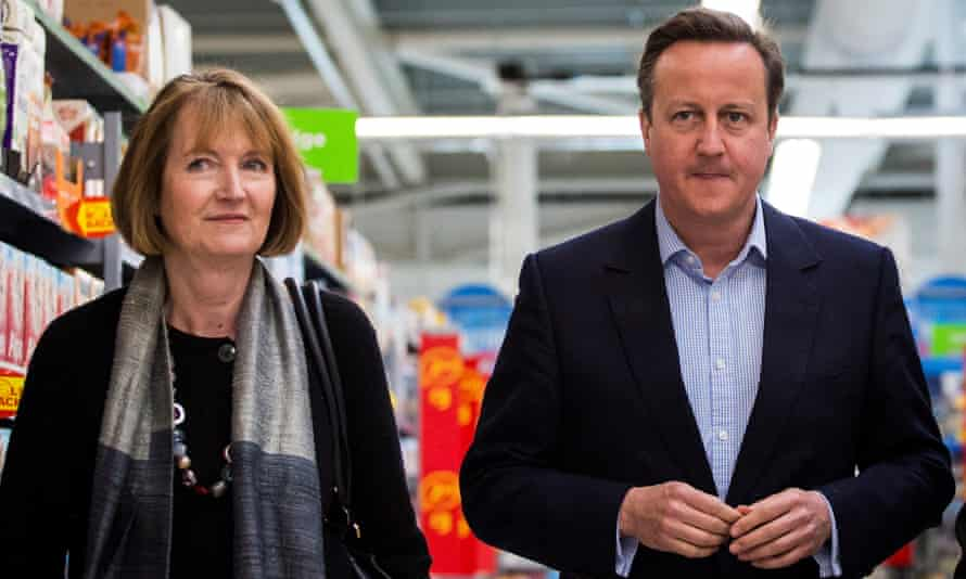 Campaigning together: prime minister David Cameron and the former deputy Labour leader Harriet Harman.