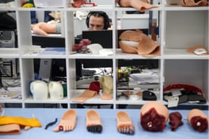 Mannequin components are assembled at Kazan's Eidos-Medicine company