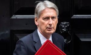 Philip Hammond leaves No 11 Downing Street