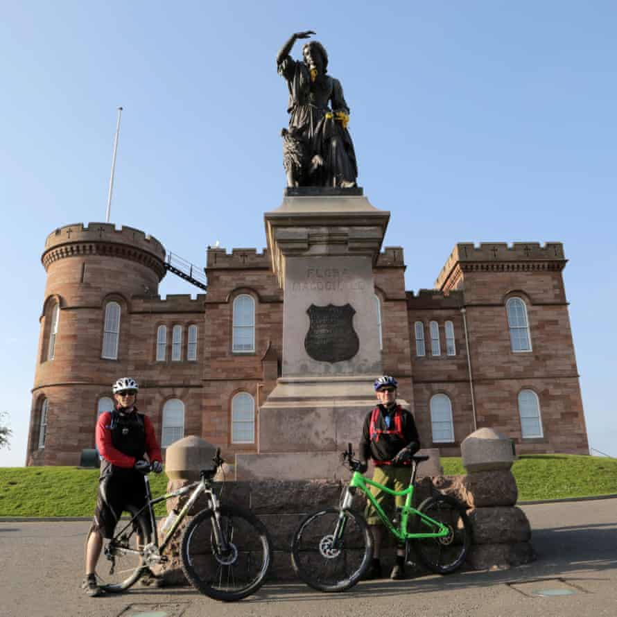 Inverness Castle and the statue of Flora MacDonald