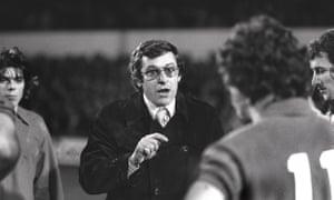 Brighton manager Allan Mullery