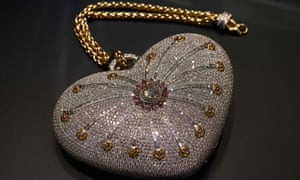 The Mouawad 1001 Nights Diamond Purse is adorned with 4,517 incorporated diamonds