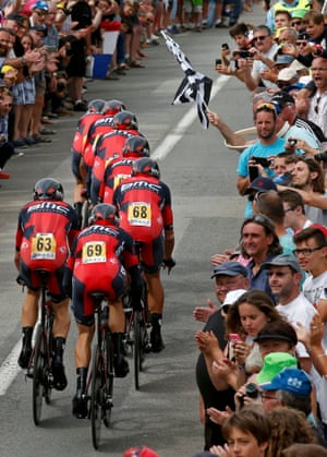 <strong>Stage Nine</strong><br>Stage Location: Vannes to Plumelec<br>Stage Winner: Team BMC Racing<br>The BMC train take their man Tejay van Garderen to victory in the team time-trial