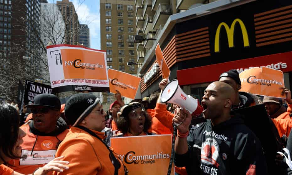 fight for $15 protest outside mcdonald's
