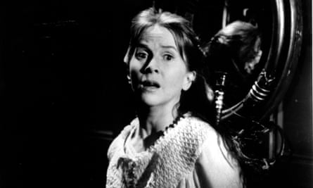 Undes res … Julie Harris as Eleanor in The Haunting (1963), Robert Wise's film of Shirley Jackson's The Haunting of Hill House.