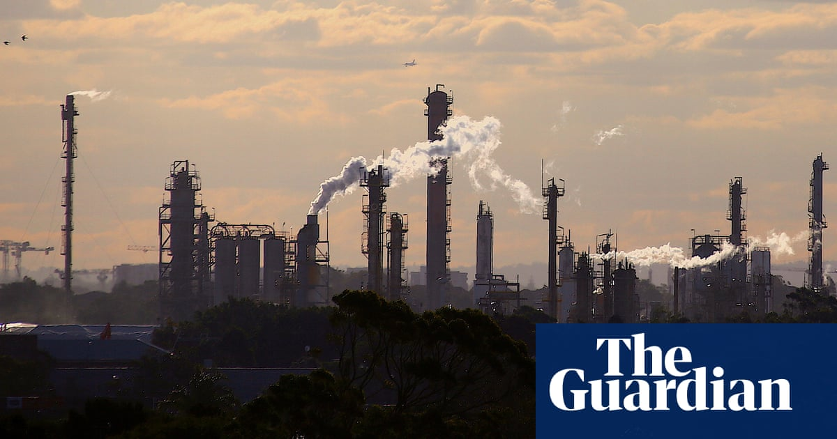 Australia urged to embrace stronger 2030 climate targets in 'crucial' fight ahead of Glasgow summit