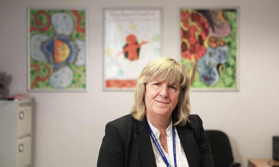 Headteacher Lynne Fox is quitting her post at Bramhall High School in Stockport in protest at a recent Ofsted report.