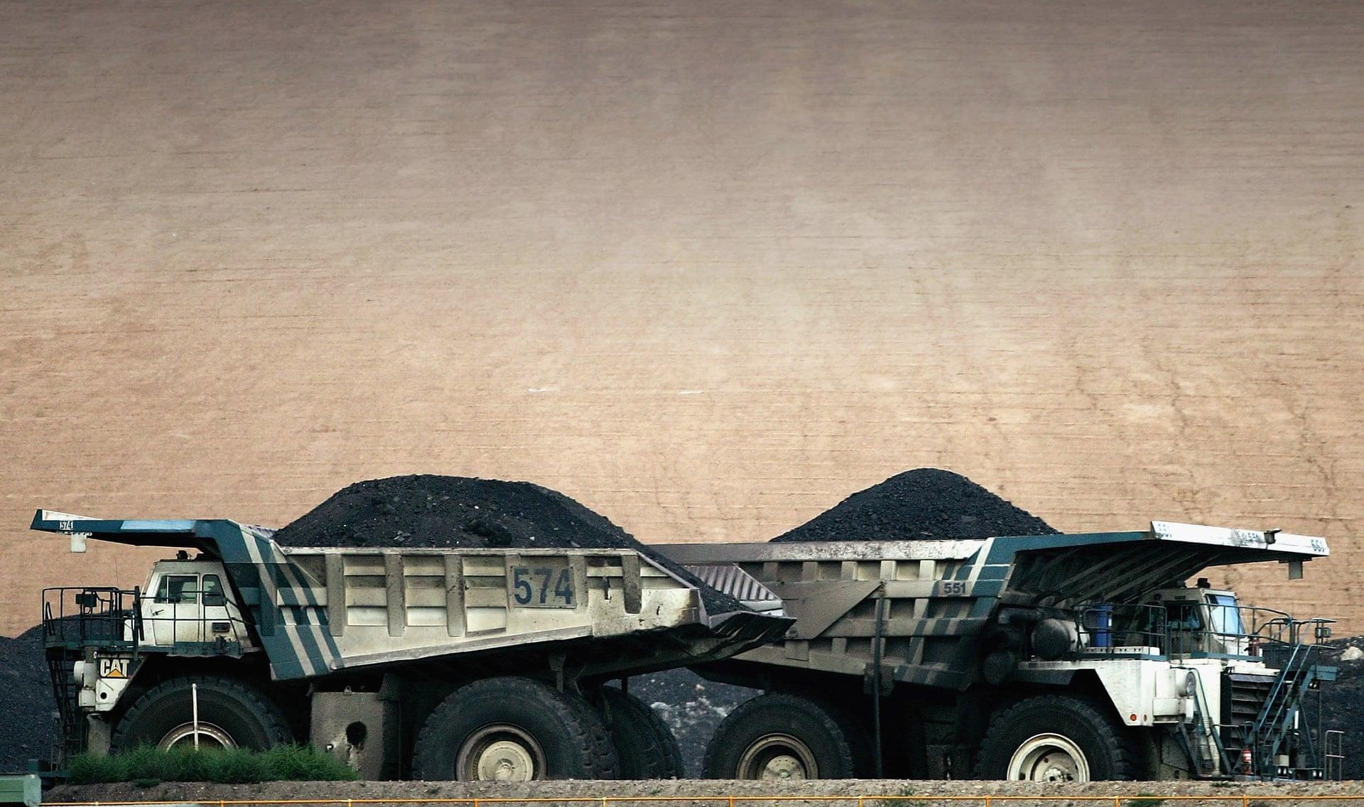 ciężarówki z węglem bhp billiton