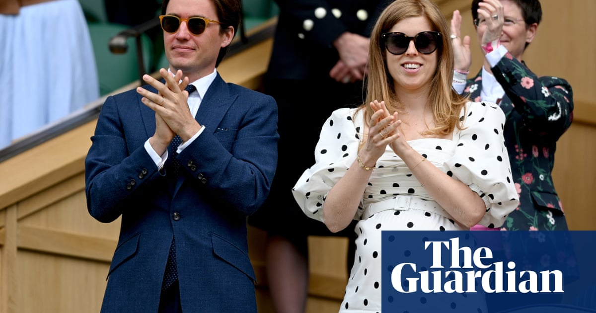 Princess Beatrice gives birth to a girl