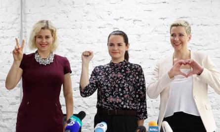 Svetlana Tikhanovskaya (centre), Veronika Tsepkalo (left), and Maria Kolesnikova (right)