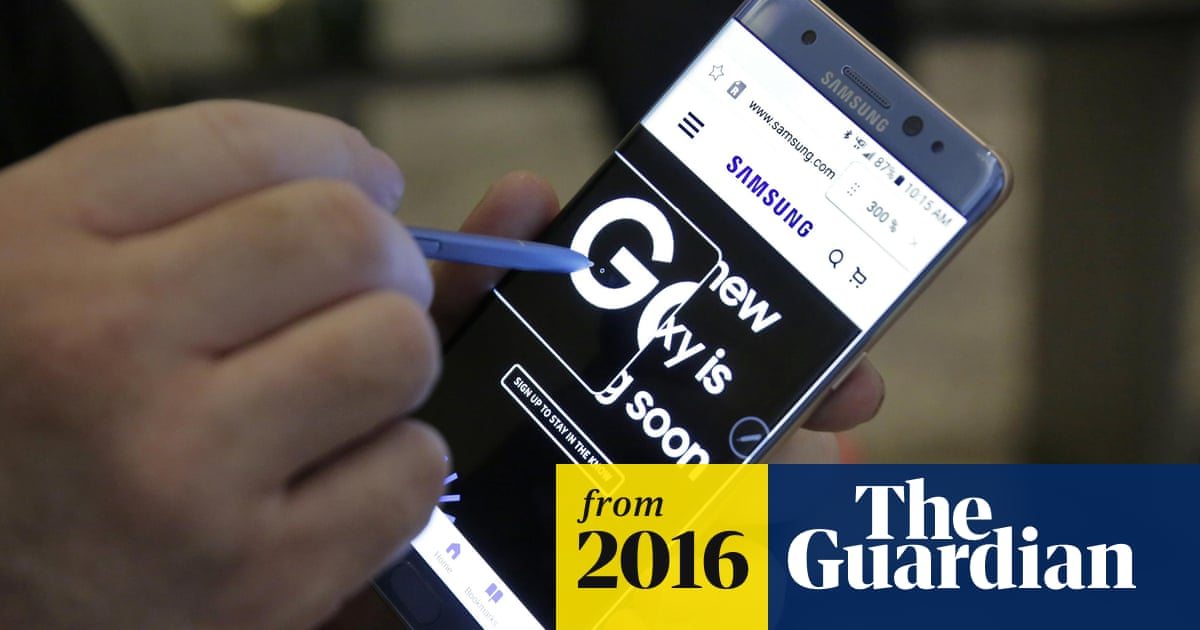 Samsung Galaxy Note 7 owners warned to stop using phones at risk of