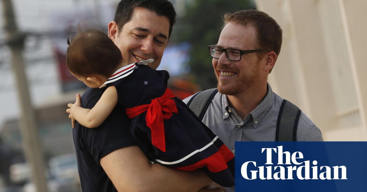 Gay couple win custody battle against Thai surrogate mother
