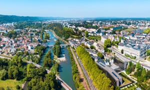 Pau is a gateway to the French Pyrenees.