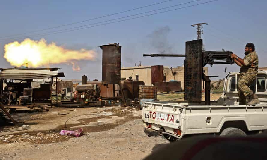 Turkey and its allies continue their assault on Kurdish-held border towns in north-eastern Syria.
