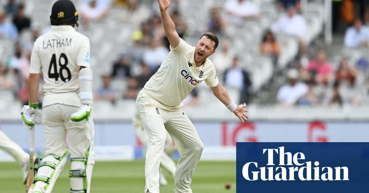 Ollie Robinson repays England's faith to make a mark against New Zealand | Andy Bull