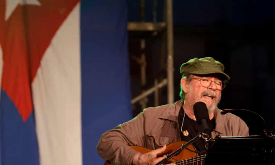 Silvio Rodríguez, Cuba's best-known singer-songwriter, was critical of the government's heavy-handed approach to the protests, calling for the release of non-violent demonstrators