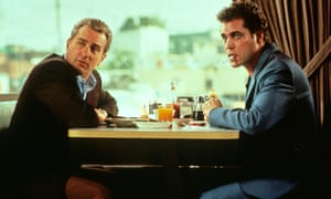 Robert De Niro and Ray Liotta sitting at a table in a diner