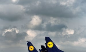 """The tails of German airline Lufthansa aircraft at the """"Franz-Josef-Strauss"""" airport in Munich, southern Germany."""